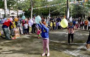 """TP. Hồ Chí Minh: 1.800 trẻ em mồ côi, khuyết tật có hoàn cảnh khó khăn đón """"Trung thu nhân ái"""""""