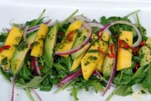 Bạn hãy chọn món salad này để giải nhiệt mùa nóng nhé