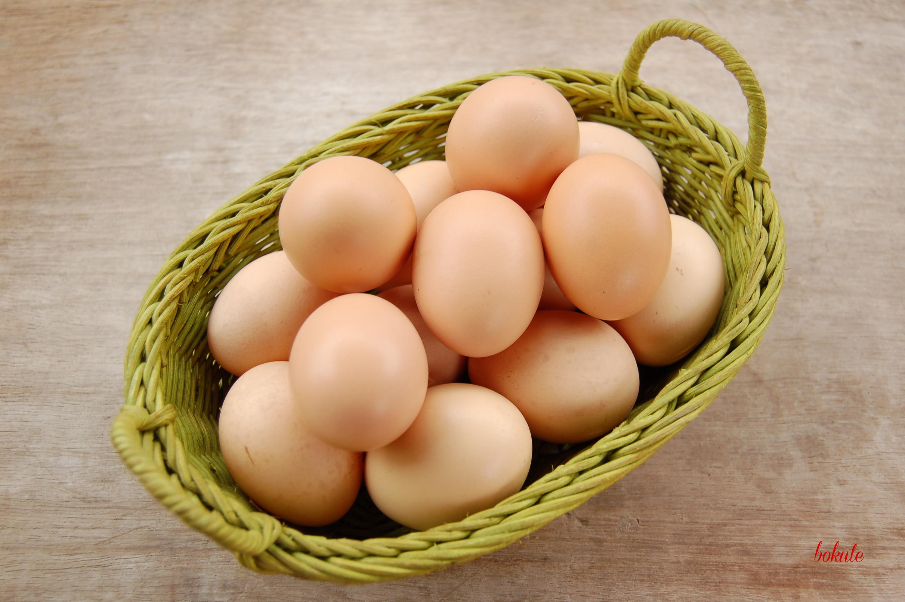 Cùng chăm sóc mượt với trứng gà và mật ong