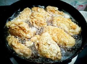 Cách làm món gà rán - Rán gà