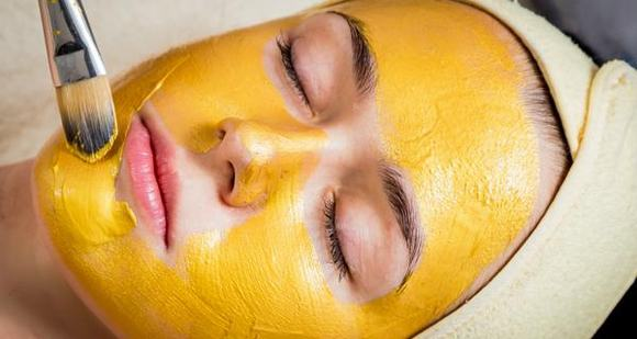 Mặt nạ từ bột nghệ