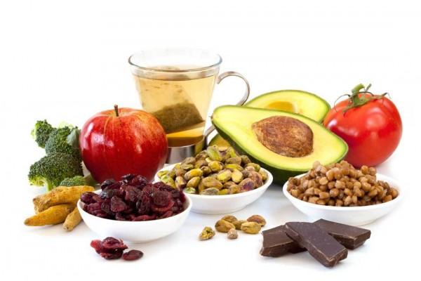 Cách trị sẹo thâm bằng việc cung cấp vitamin cho cơ thể