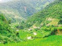 Du lịch đến những bản làng giữa núi rừng Tây Bác