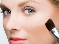 Cách chọn phấn trang điểm dành cho da nhờn
