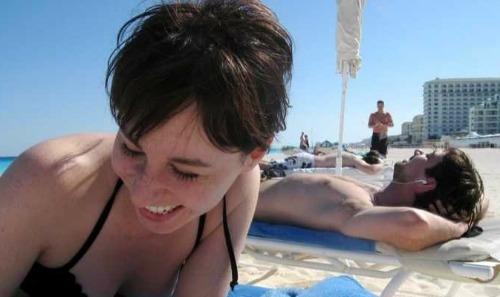 happy-beach-2-7696-1413864682