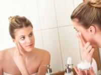Cách dùng kem dưỡng da ban đêm dành cho da nhờn