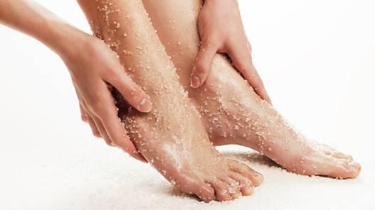 Cách tẩy tế bào chết cho da chân