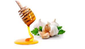 Cách trị mụn nhanh nhất bằng mật ong và tỏi