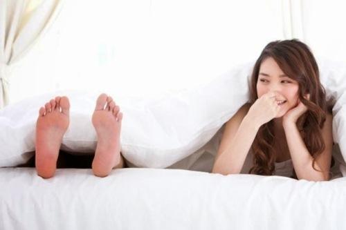 cách khử mùi hôi chân