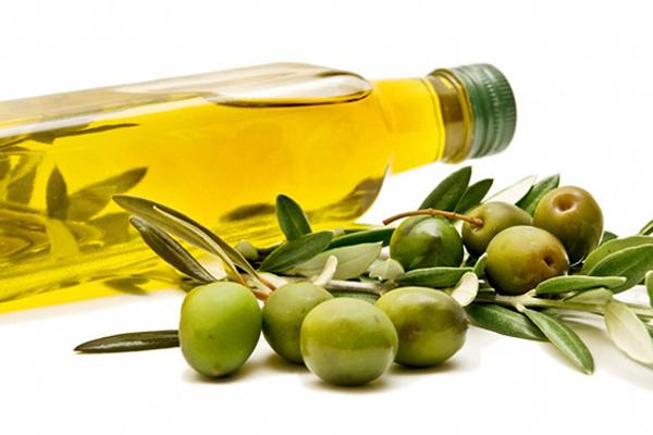 Kem chống nắng từ dầu oliu và sáp ong
