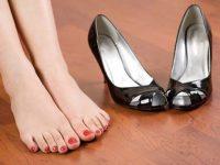 Cách phòng tránh và phương pháp cho đôi chân thơm tho khi đi giày