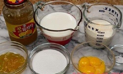 Cách làm món kem trứng gà mật ong cực ngon, bổ dưỡng