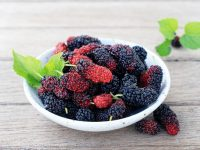 Cách làm trắng da body tự nhiên với trái cây
