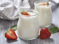 Cách trị mụn hiệu quả từ thiên nhiên với sữa chua