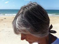 Những bài thuốc dân gian chữa tóc bạc sớm hiệu quả