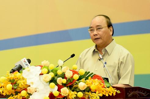 Thủ tướng Nguyễn Xuân Phúc yêu cầu không được để người dân đóng góp quá sức trong xây dựng nông thôn mới