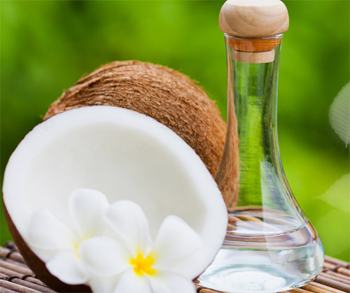 Hỏi đáp: Trị nám da bằng dầu dừa có hết không?