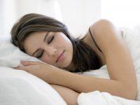Những mẹo nhỏ giúp bạn ngủ ngon hơn trong mùa hè này