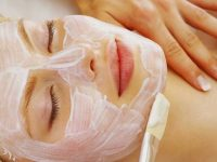 2 công thức mặt nạ sữa chua mật ong giúp da bạn mịn màng