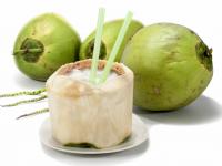 Sự thật về phương pháp giải rượu bằng nước dừa
