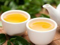 Trị rụng tóc với tinh chất từ trà xanh bạn nên thử
