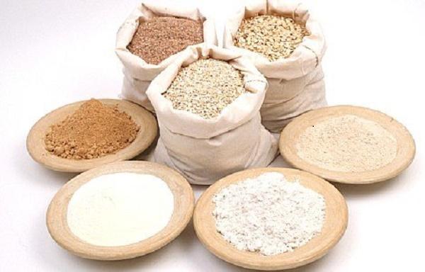Bột gạo nhờ giàu vitamin B nhẹ nhàng nuôi dưỡng tế bào da khỏe mạnh hơn