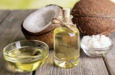 Dầu dừa và tinh dầu bưởi