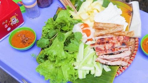 Nem nướng món ăn ngon Nha Trang hấp dẫn
