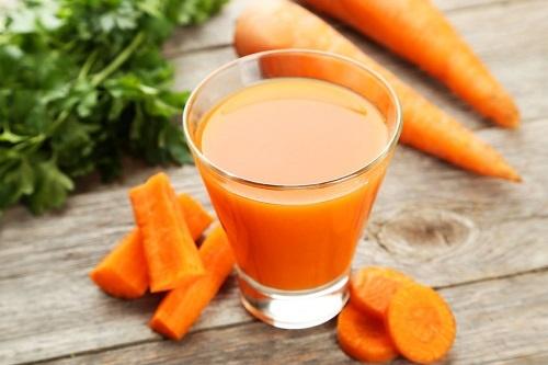 Nước ép cà rốt tốt cho bệnh nhân ung thư