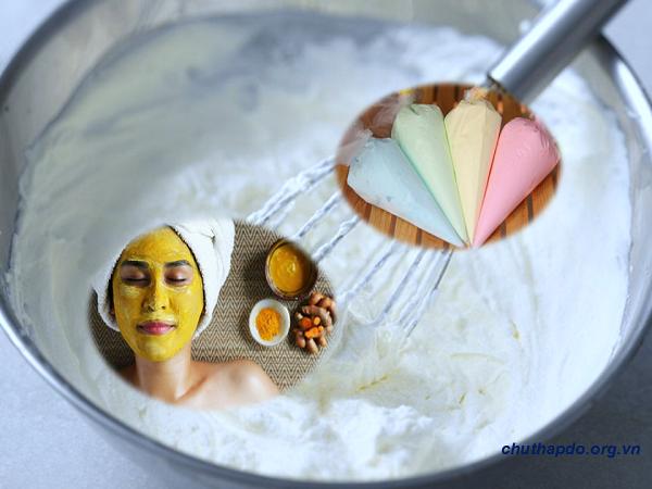 Tinh bột nghệ đắp mặt với sữa chua giúp trị nám da
