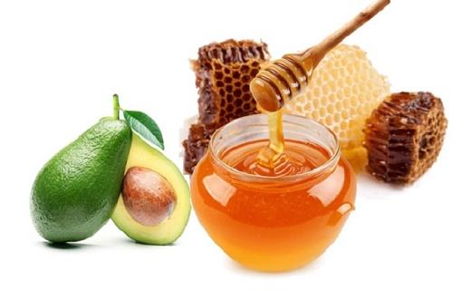 Trị rụng tóc bằng mật ong và bơ