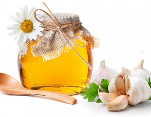 Trị rụng tóc bằng tỏi và mật ong