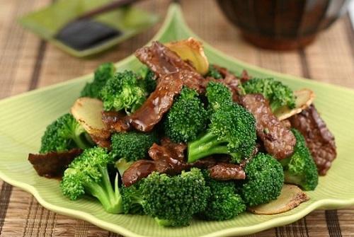 Súp lơ xanh xào thịt bò món ăn ngon tăng cường sinh lý