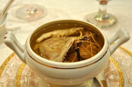 Món ăn tăng cường sinh lý từ đông trùng hạ thảo