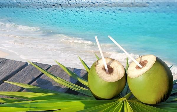 Nước dừa tươi giúp ngăn ngừa bệnh huyết áp và bệnh về tim mạch