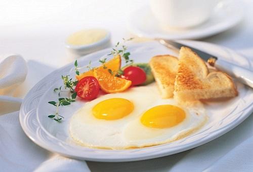 Trứng ốp la món ăn tăng cân