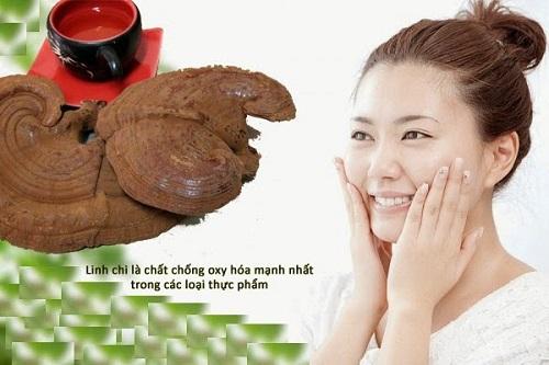 Uống nấm linh chi trị mụn