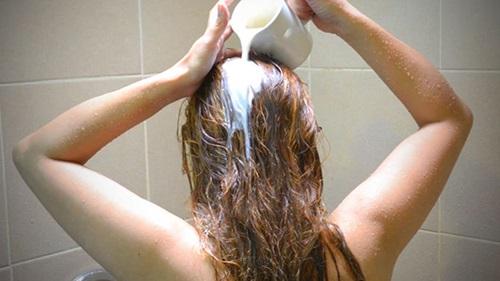 Làm đẹp tóc với sữa tươi