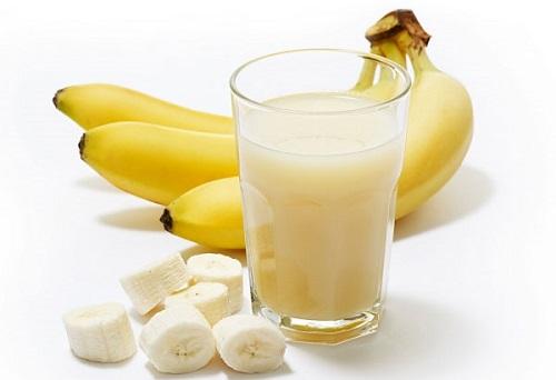 Làm trắng da bằng mặt nạ chuối, sữa tươi