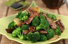 thịt bò xào súp lơ