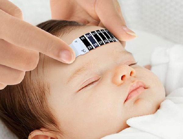 Biểu hiện của sốt siêu vi ở trẻ em