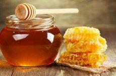 Uống mật ong chữa viêm họng