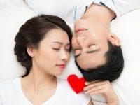 Cách để vợ chồng luôn hạnh phúc trong chuyện ấy
