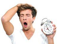 Sử dụng lượng thức ăn quá nhiều cũng gây mất ngủ