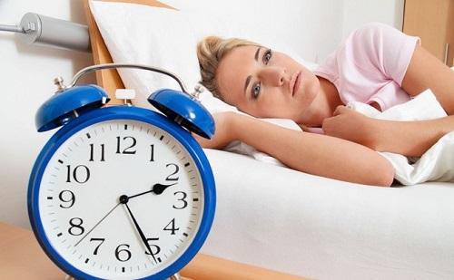 Mất ngủ do thói quen ăn uống không đúng cách