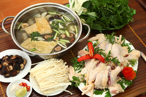 Hướng dẫn chi tiết cách nấu lẩu gà ngon đúng vị