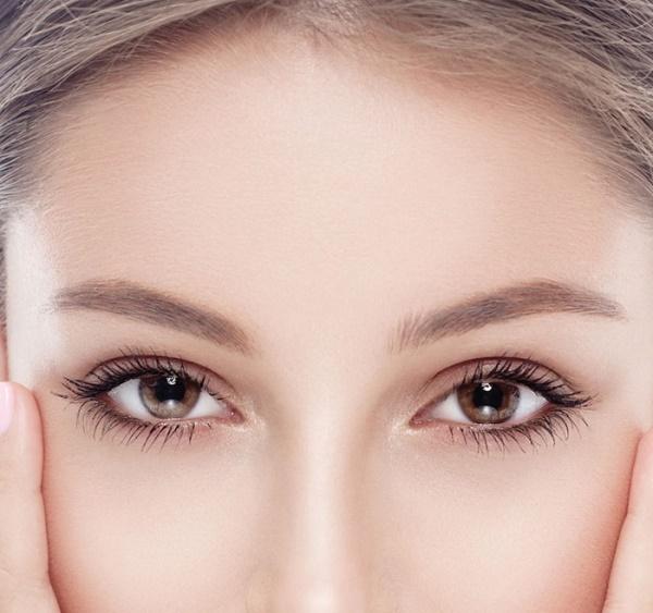 Đôi mắt màu đen: Nhiều nguy cơ mắc bệnh đục thủy tinh thể