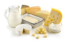 Bổ sung canxi cho trẻ bằng sữa và các chế phẩm từ sữa