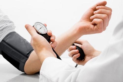 Mối quan hệ giữa huyết áp cao và cân nặng