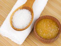 Hướng dẫn 2 cách trị mụn bằng muối cực hiệu quả